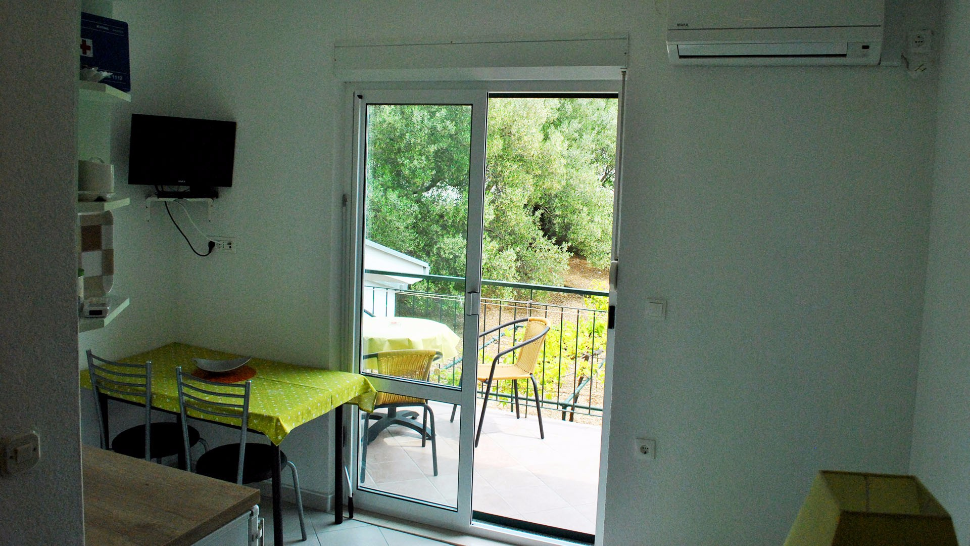 ApartmentA6 balcony