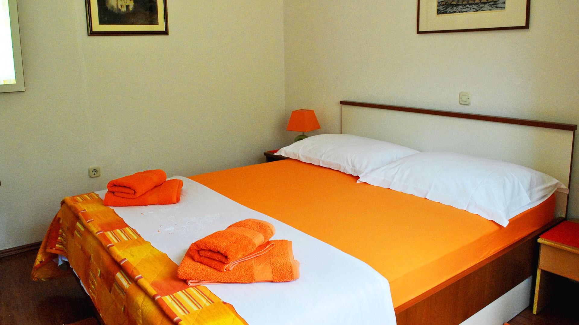Apartment A6 bedroom