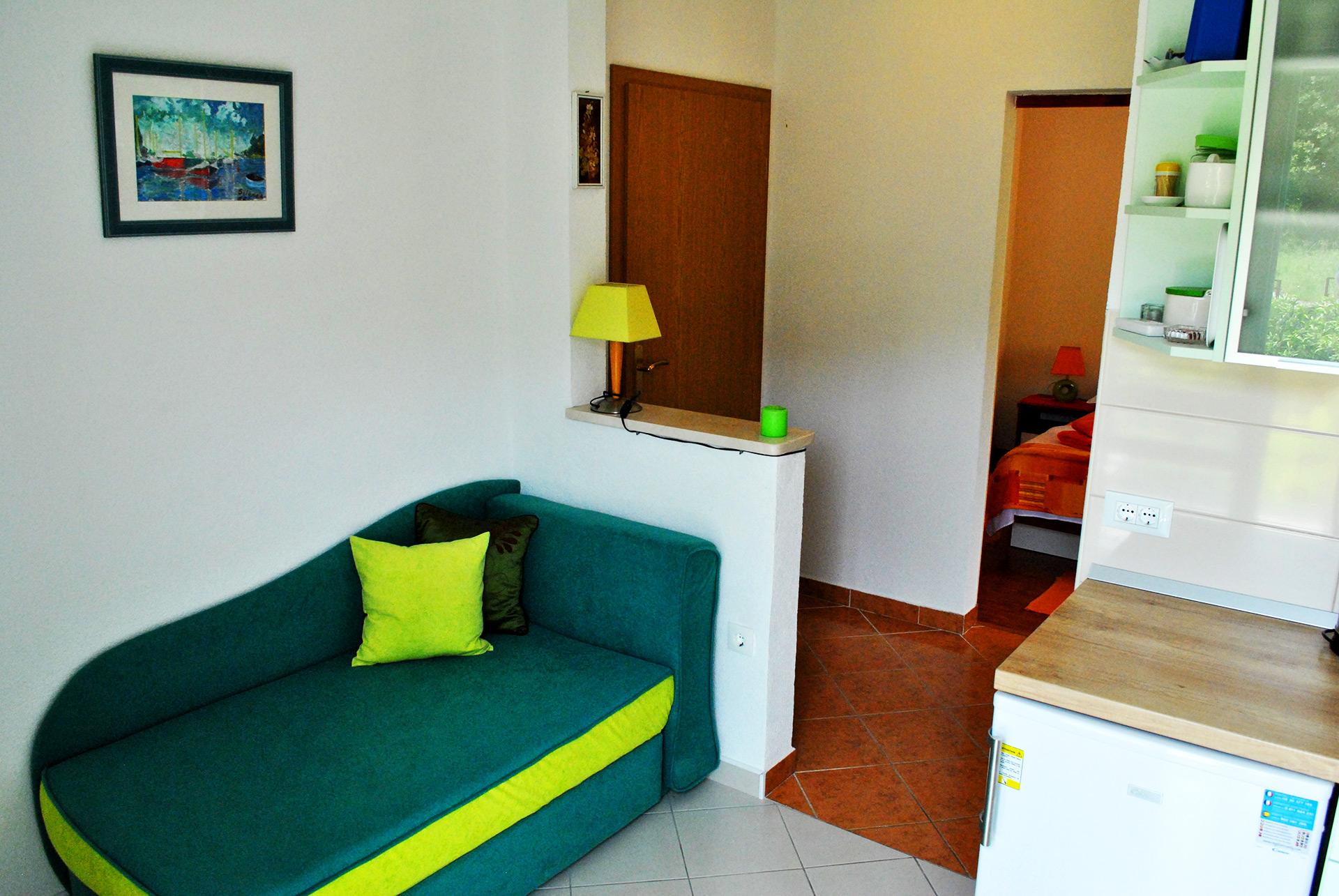 apartmenta6-sofa