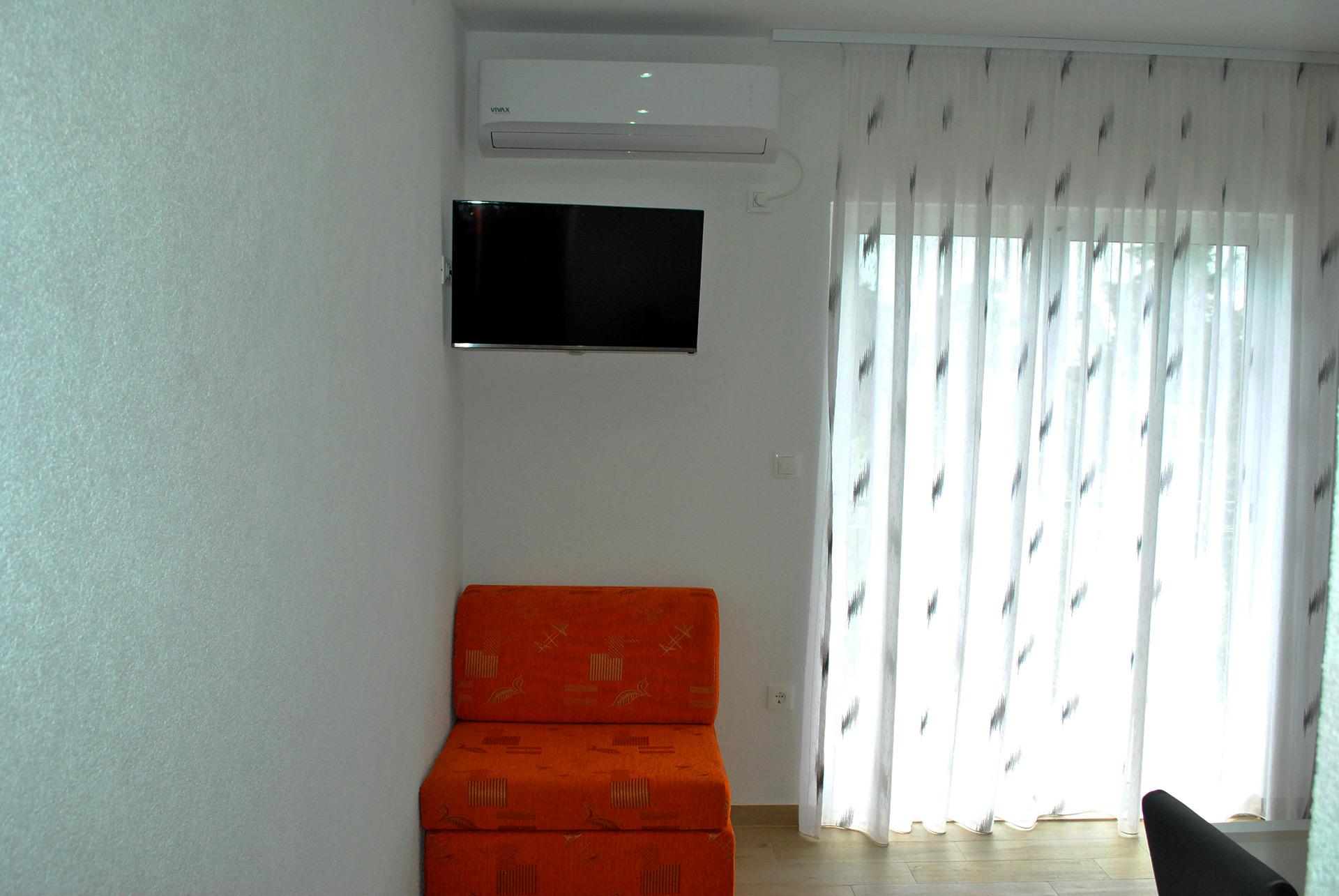 apartmenta7-sofa